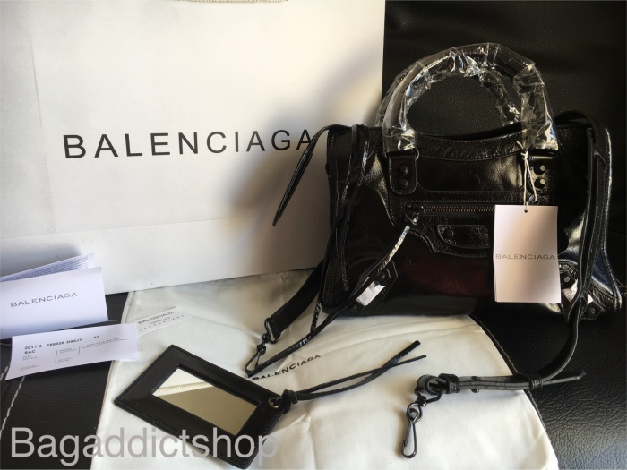 Jual BALENCIAGA small city Black noir in black stud 6293136286