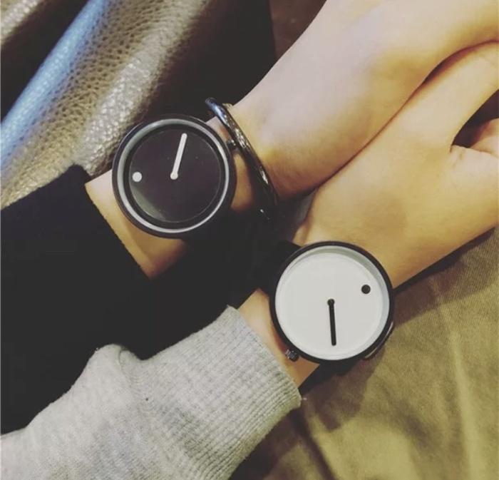 Foto Produk Minimalist style watches black white fashion jam tangan wanita pria dari Venditionis_shop