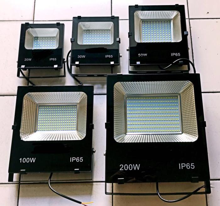 Jual Lampu Sorot Taman 100 Watt Tokopedia Com Cek Harga Di Pricearea Com