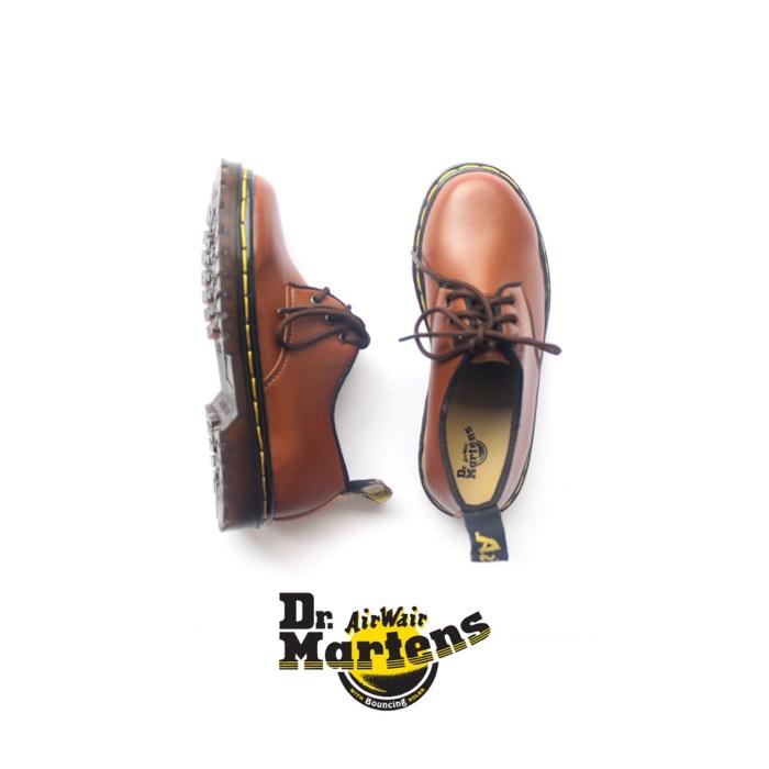 harga Sepatu kasual anak docmart low tan Tokopedia.com