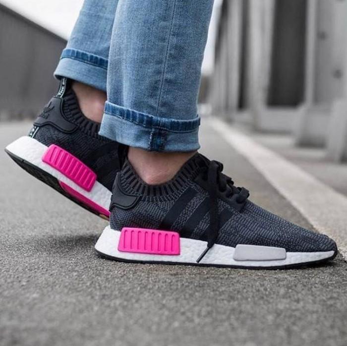 e631e260fc452 Jual Adidas Nmd R1 Primeknit Shock Pink Premium Original   sepatu ...