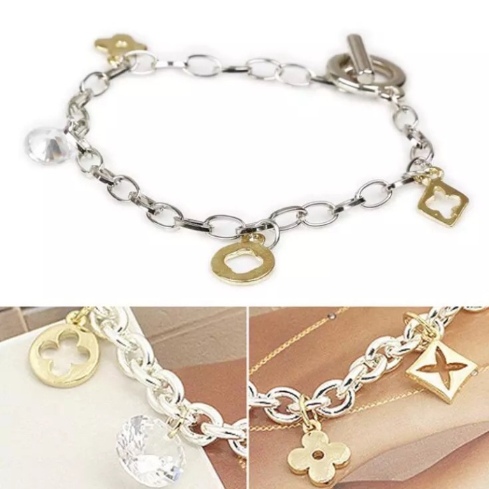 Foto Produk Gelang simple clover chain dari Sunset Acc Collection