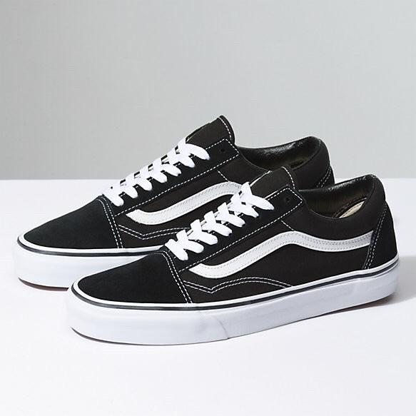 27293da6e96 Jual Vans Old Skool Black and White Classic - Kota Administrasi ...