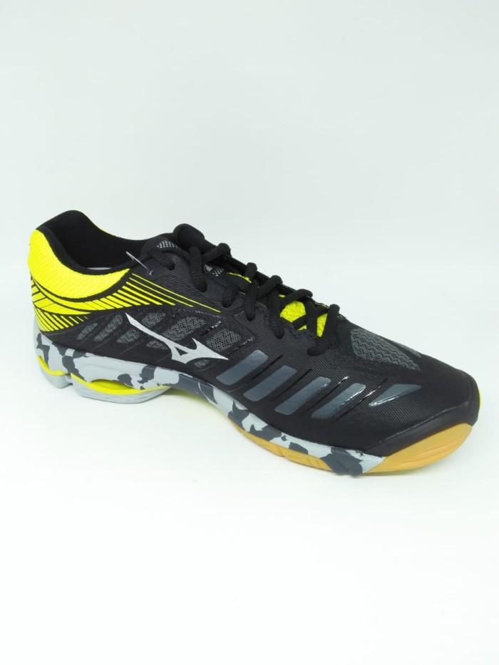 BADMINTON V1GA161201 WAVE TORNADO X Biru Direct Hitam 4 Source harga Sepatu  volley . fd93bc9047