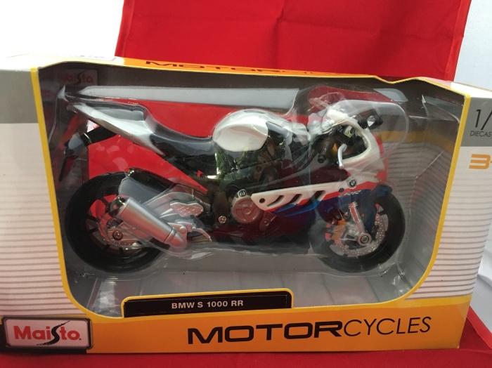 Foto Produk Maisto 1/12 Diecast Motorcycles BMW S 1000 RR dari Dompu Shop