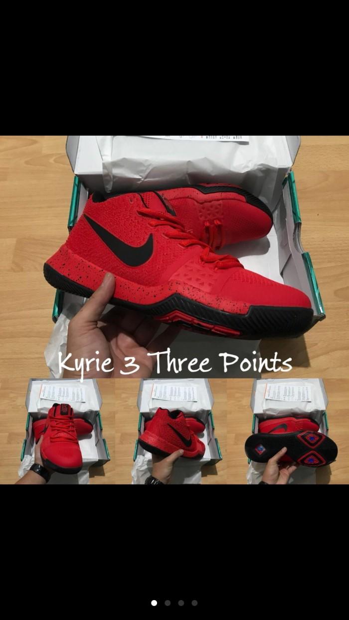 official photos 35362 d7651 Jual sepatu basket nike kyrie 3 three points - Kota Batam - Basket Store  Premium | Tokopedia