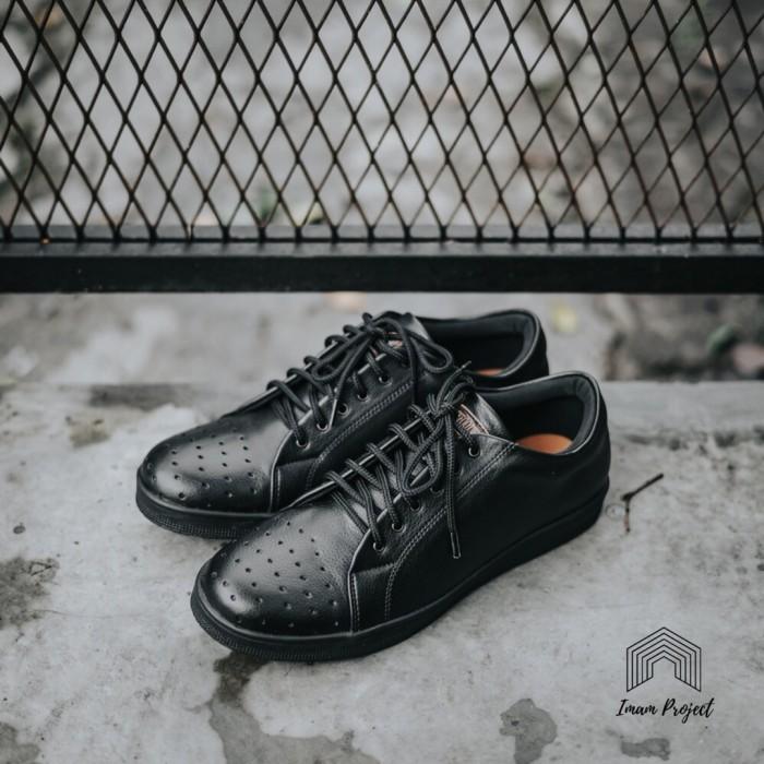 Sepatu sneakers hitam Orlando full Black