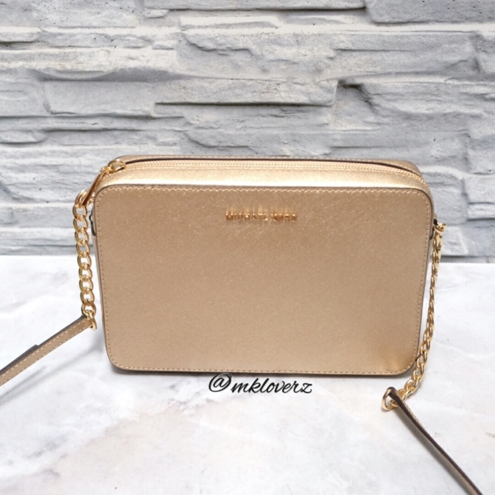 b7bfa56042a3 Jual Michael Kors Jet Set Large EW Crossbody (Pale Gold) - Kota ...
