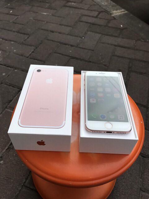 Foto Produk Apple iphone 7 128GB Rose gold Preloved Bekas Second Semarang mulus dari Hotbanana Stores
