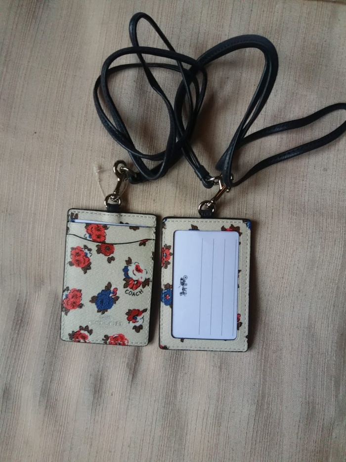 harga [ready] coach id card holder motif Tokopedia.com