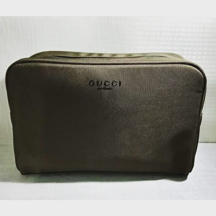 b33845fbf1f Jual Gucci Guilty Absolute Beuty Pouch - Pams store
