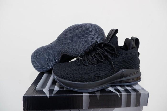 best loved e2361 f98d8 Jual Nike Lebron 15 Low Triple Black - Kota Batam - RR7 Shop | Tokopedia