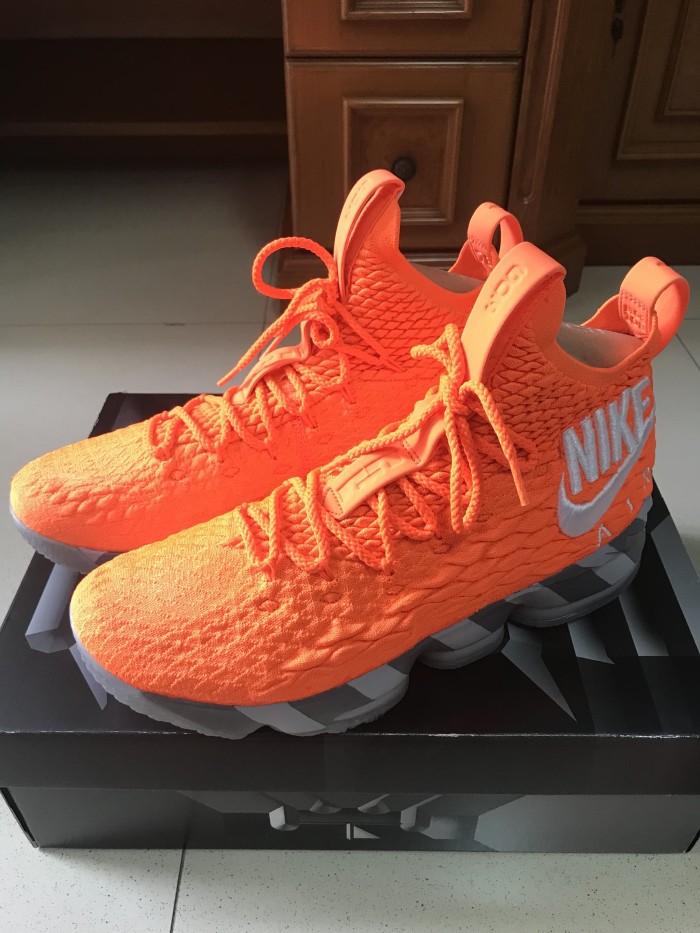 separation shoes 25e48 935cd Jual Sepatu Basket Nike Lebron 15 Orange Box - Kota Tangerang - shoe-B  basketball | Tokopedia