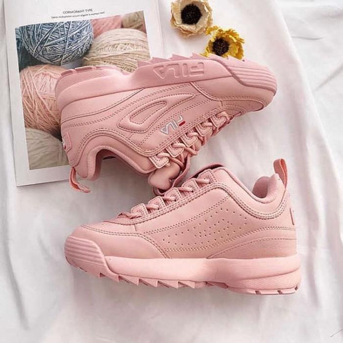 Jual Sepatu Fila Disruptor 2 Pink Premium sneakers wanita murah ... 8b65fa489b