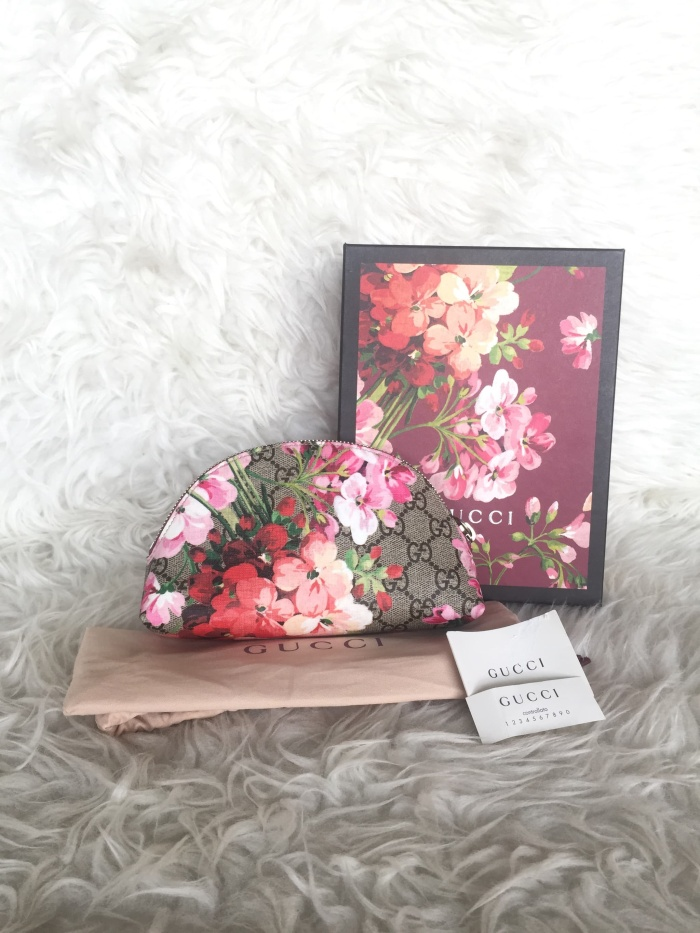 2a2f17fa1 Jual Gucci GG Canvas Bloom Cosmetic Pouch - Kab. Tangerang - Klique ...