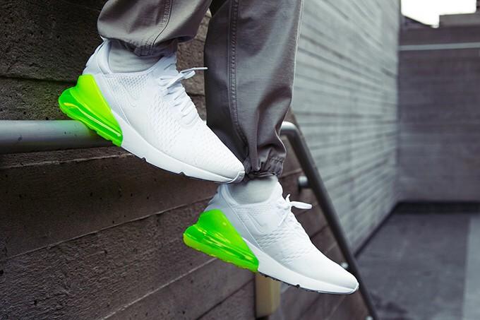 ef4a75e722 Jual Nike Air Max 270 White Pack Volt Sneakers Sepatu Jalan Wanita ...