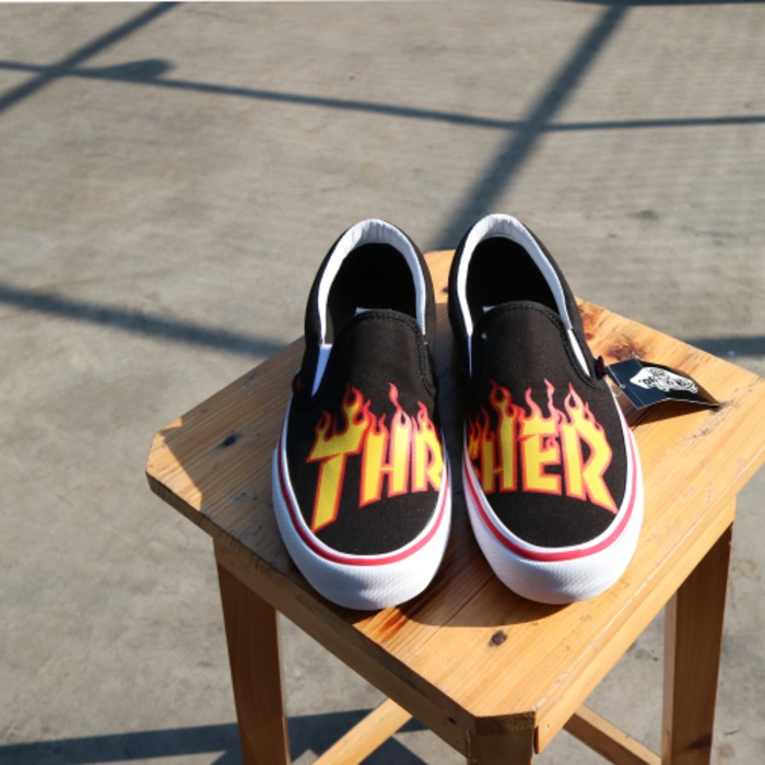 6e20c77f7f2 Jual Vans x thrasher slip on original - alturashop