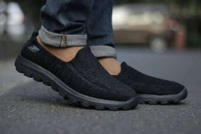 Foto Produk Sepatu Sketcher Slip on go walk sol black sepatu pria grade ori dari Claressa cloth