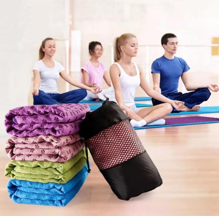 Foto Produk PANACHE Anti Slip, Anti Bacterial Washable Yoga Mat Towel With Bag dari PANACHE