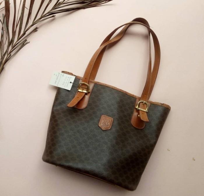 Jual Authentic Celine Macadam Tote Bag Brown Leather - makeup irina ... 904a55b37ee52