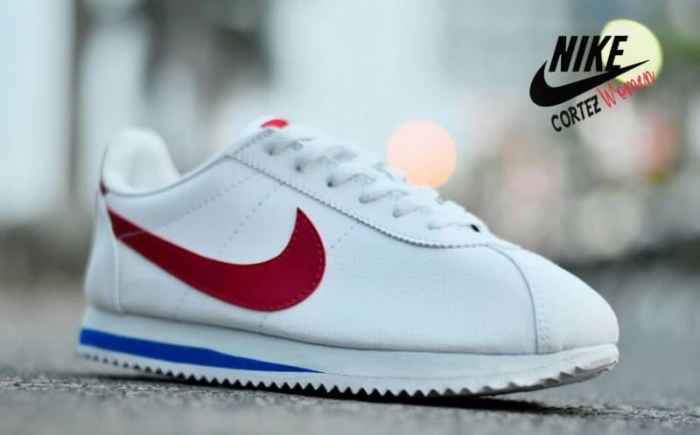 hot sale online b950f 73364 Jual Sepatu Nike Cortez Wanita - Snekar Olahraga - Kota Bandung - Sepatu  Harga Terbaik   Tokopedia
