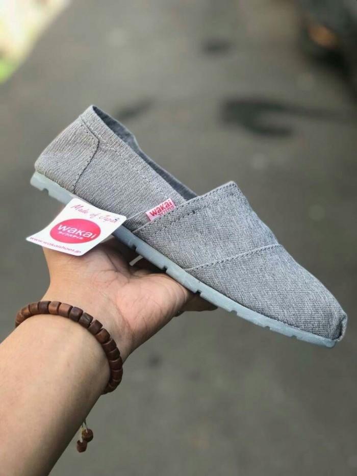 Wakai shoes untuk dewasa cowok cewek