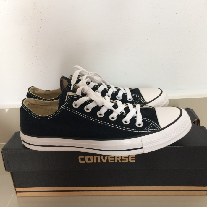 b180c0d48b18 Sepatu Converse Original ( Converse Chuck Taylor All Star ) size 40-41