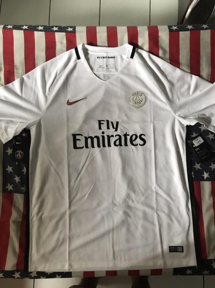 cheap for discount cd033 6cfd0 Jual Paris Saint-Germain PSG Third Kit away jersey 2016-17 original -  Giugno | Tokopedia
