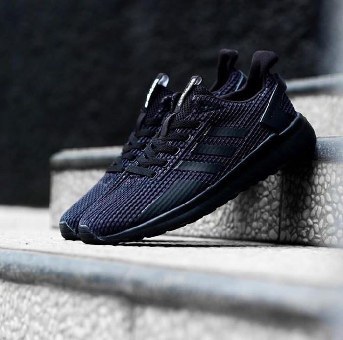 Jual Adidas Questar Ride All Black
