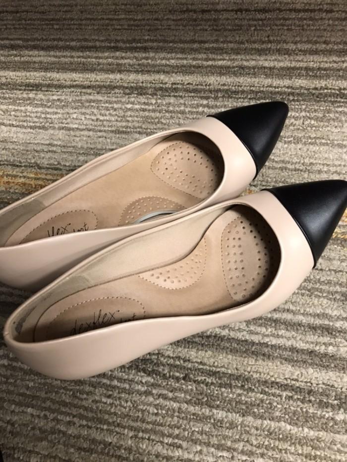 Foto Produk Sepatu Wanita Payless Pump Shoes Black Brown Basic Heels dari Hunni