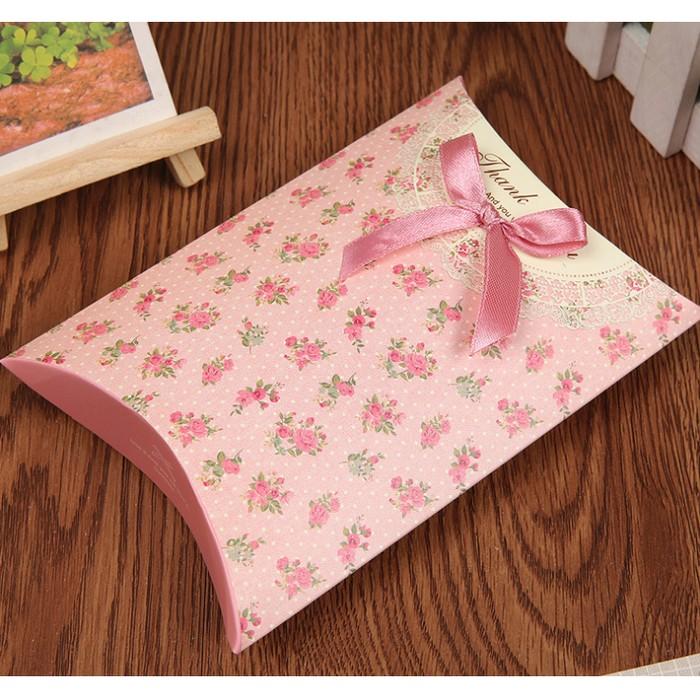 Foto Produk Kotak hadiah box bantal kotak souvenir box gift kotak serbaguna dari Fancy Grosir Online