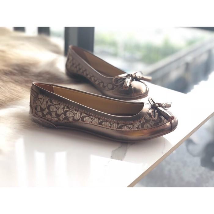 Jual Sepatu Coach Flat Shoes Coach Motif Vintage Brown Canvas Kota Bogor Indoluxuryshop Tokopedia