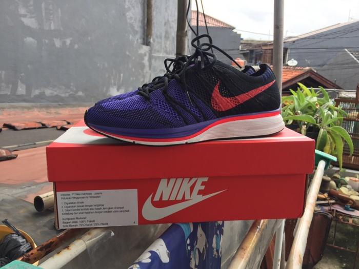 7c33ad36c0f9 Jual Nike Flyknit Trainer Black Siren Red White - DKI Jakarta ...