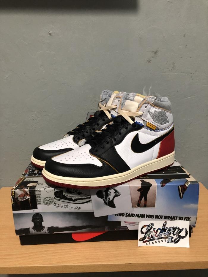 bfb7414ae0de Jual Nike Air Jordan 1 High Retro x Union Los Angeles Black Toe ...