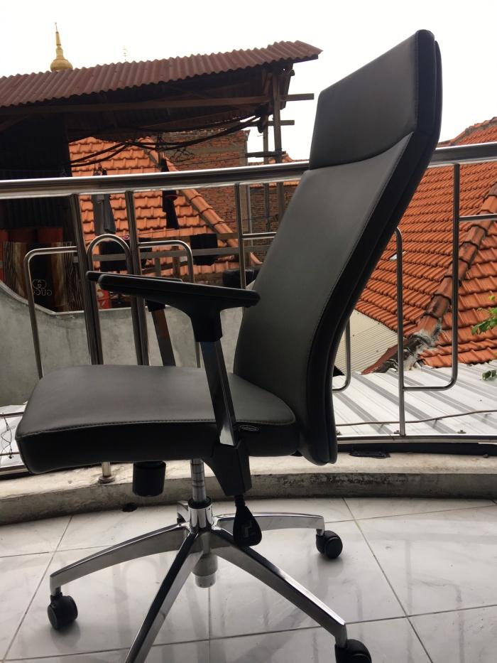 96 Koleksi Kursi Kantor Informa Surabaya HD Terbaik