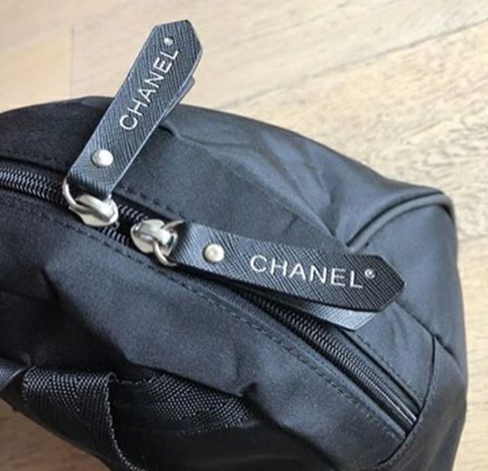 5b7d26e0ad71 Jual Tas chanel backpack vip gift ori - Danvershopper | Tokopedia