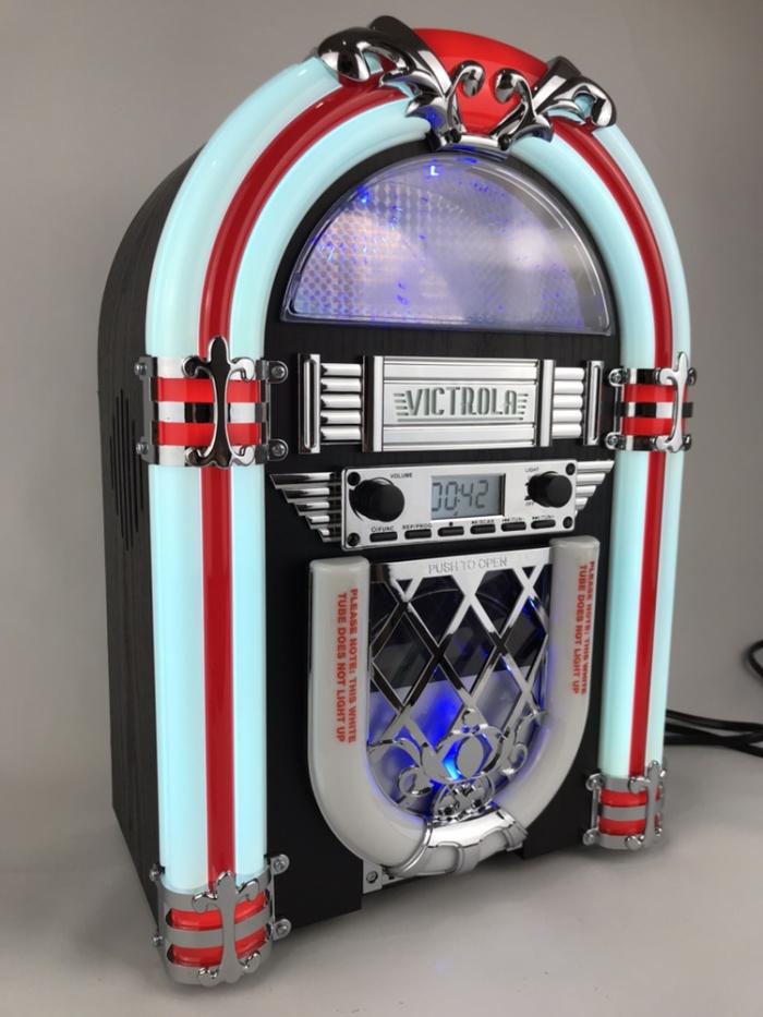 Jual Victrola Desktop Jukebox, Bluetooth Speaker! BNIB segel,Barang Langka!  - Jakarta Utara - 79 Pomade Shop | Tokopedia