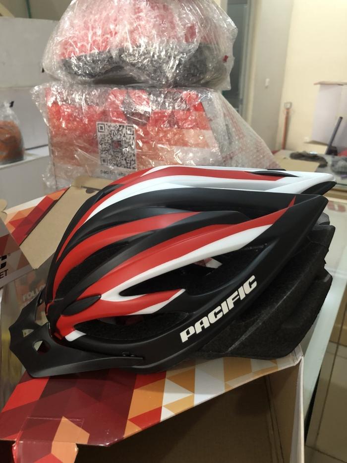 harga Helm sepeda warna merah pakai lampu Tokopedia.com