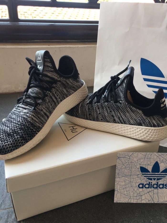 Foto Produk Sepatu Second Adidas Pharrell Williams Tennis HU Primeknit Ori 100% dari Sepatu Original Second