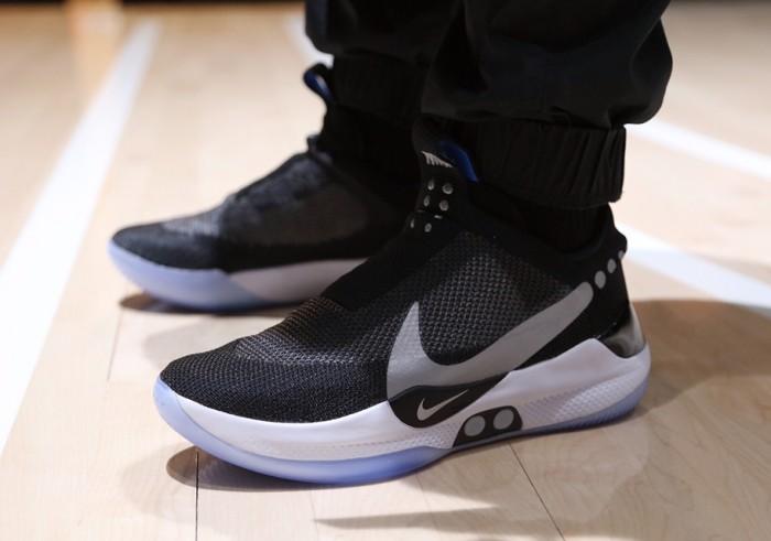 Jual Nike Adapt Bb Mag Black White Sepatu Sneakers Jalan Pria Jakarta Barat Damari Tokopedia