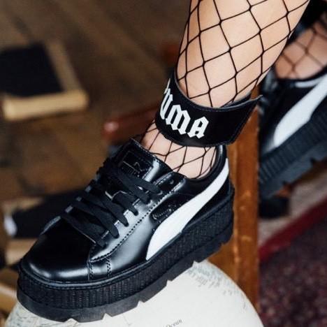 brand new 207d9 bca6f Jual Sepatu Puma Original - Puma Fenty Ankle Strap Creeper W Black - DKI  Jakarta - QikRas | Tokopedia