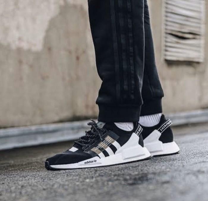 In Product Adidas Nmd R1 V2 Mens 4206815html Foot Locker