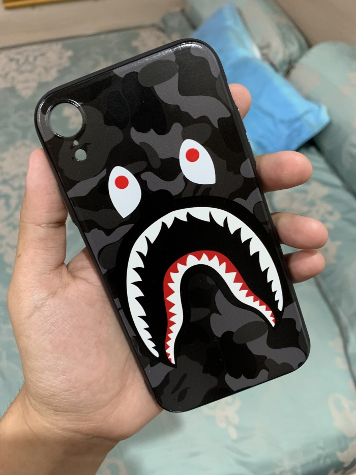 Foto Produk Painted BATHING APE BAPE Shark Camo Iphone XR casing case ! dari JMS Thrift Shop