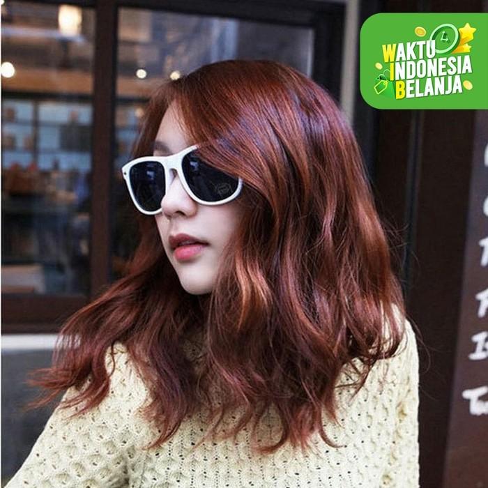 Foto Produk Kacamata Fashion Wanita Sunglass Model New Wayfarer Sunglasses White dari lbagstore