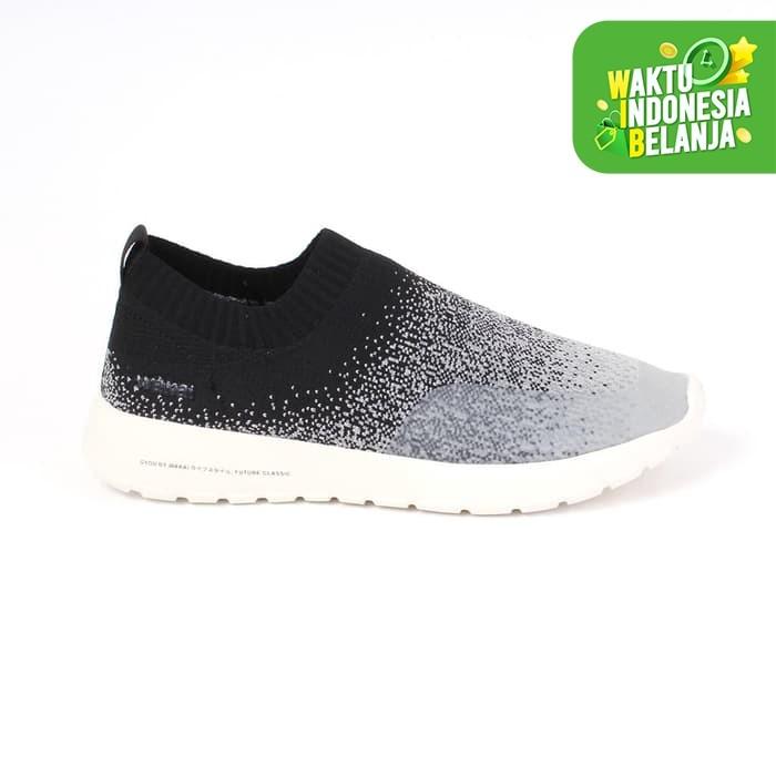 Foto Produk Footwear Men Wakai FM11923 GYOU BLACK/GREY - 44 dari Wakai Official Store