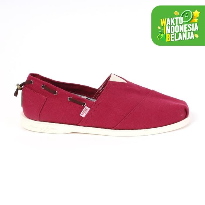 Foto Produk Footwear Man Wakai FM01805 UMIKAZE Maroon - 44 dari Wakai Official Store