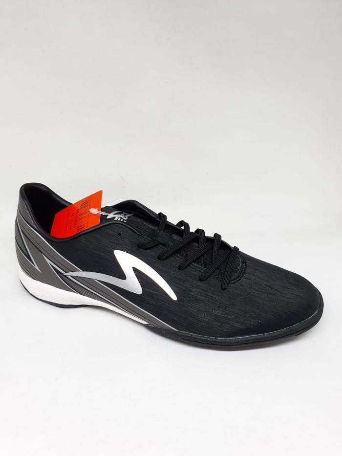 Promo Sepatu Futsal Specs Accelerator Lightspeed 20 Black Dark