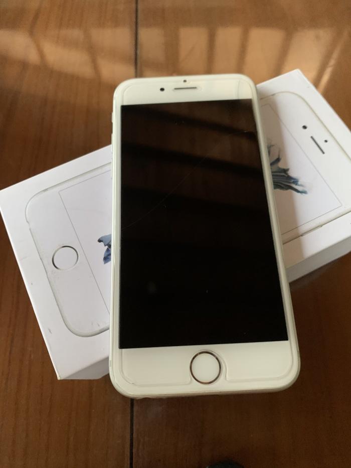 Foto Produk Iphone 6S 128gb Silver Original Ex Garansi Inter fullset mulus 98% dari ditdut