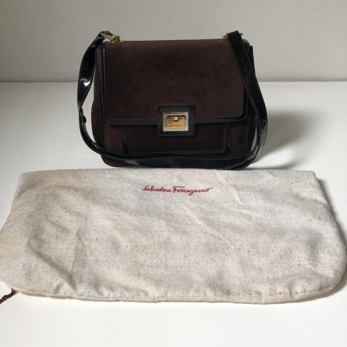 Foto Produk Preloved Salvatore Ferragamo Brown Suede Handbag dari Rumah Soe