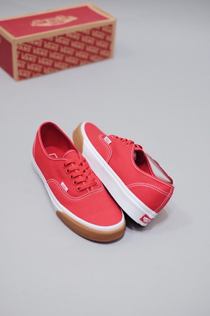Jual Vans Authentic Gum Bumper Red True